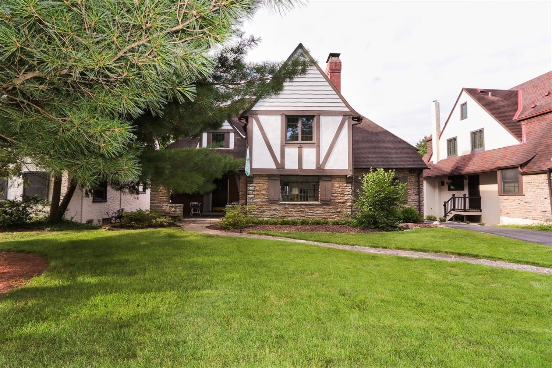 Property for sale at 1336 Suncrest Drive, Cincinnati,  Ohio 45208