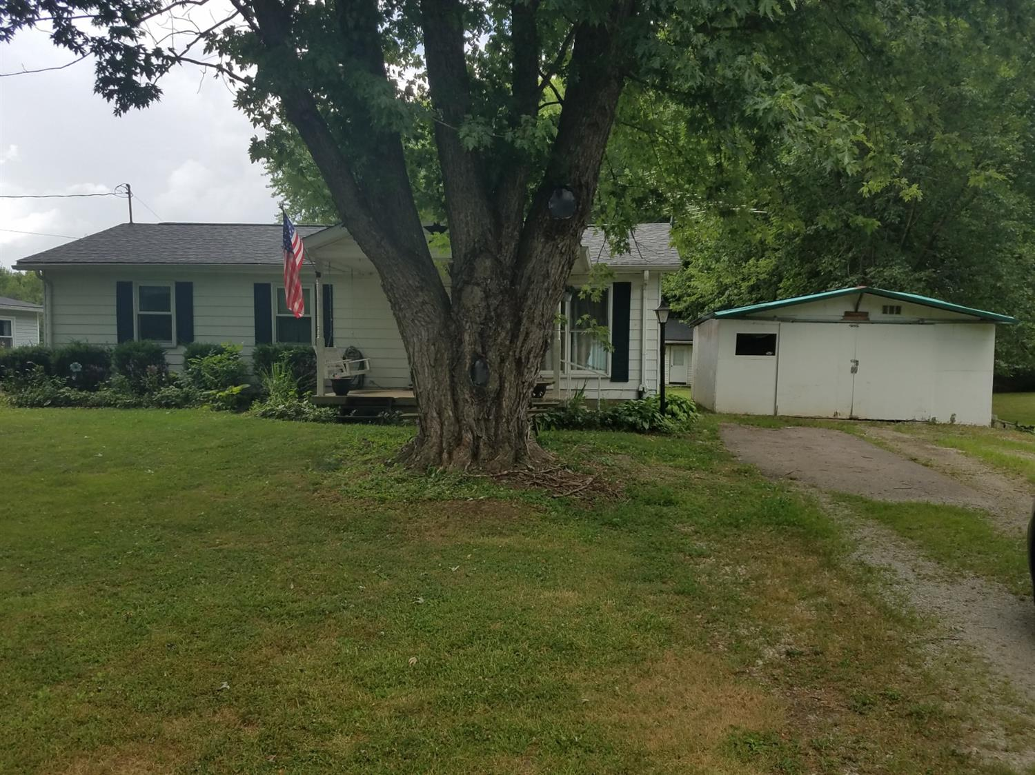 Property for sale at 3206 Shamrock Drive, Hamilton Twp,  Ohio 45152