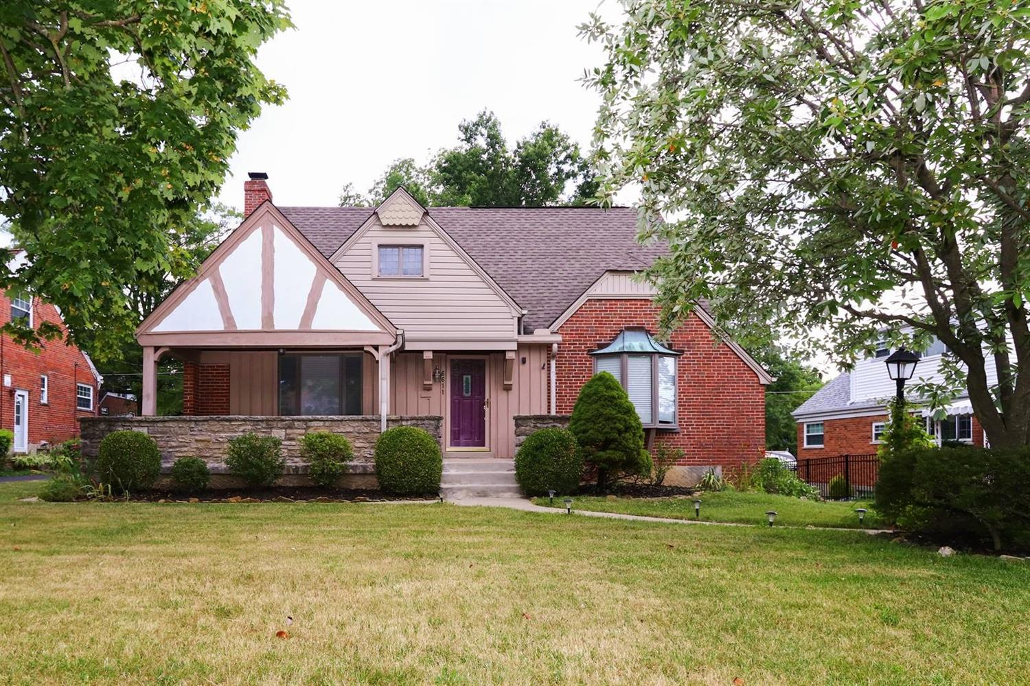 Property for sale at 6611 Greenfield Drive, Springfield Twp.,  Ohio 45224