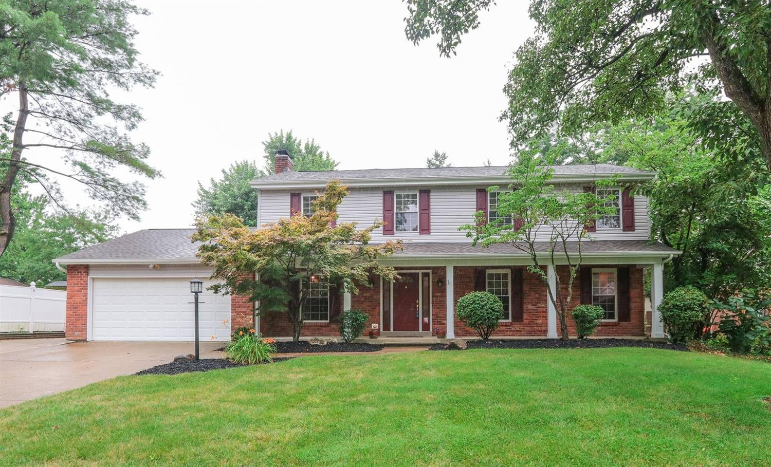 Property for sale at 755 Viewcrest Drive, Springfield Twp.,  Ohio 45231