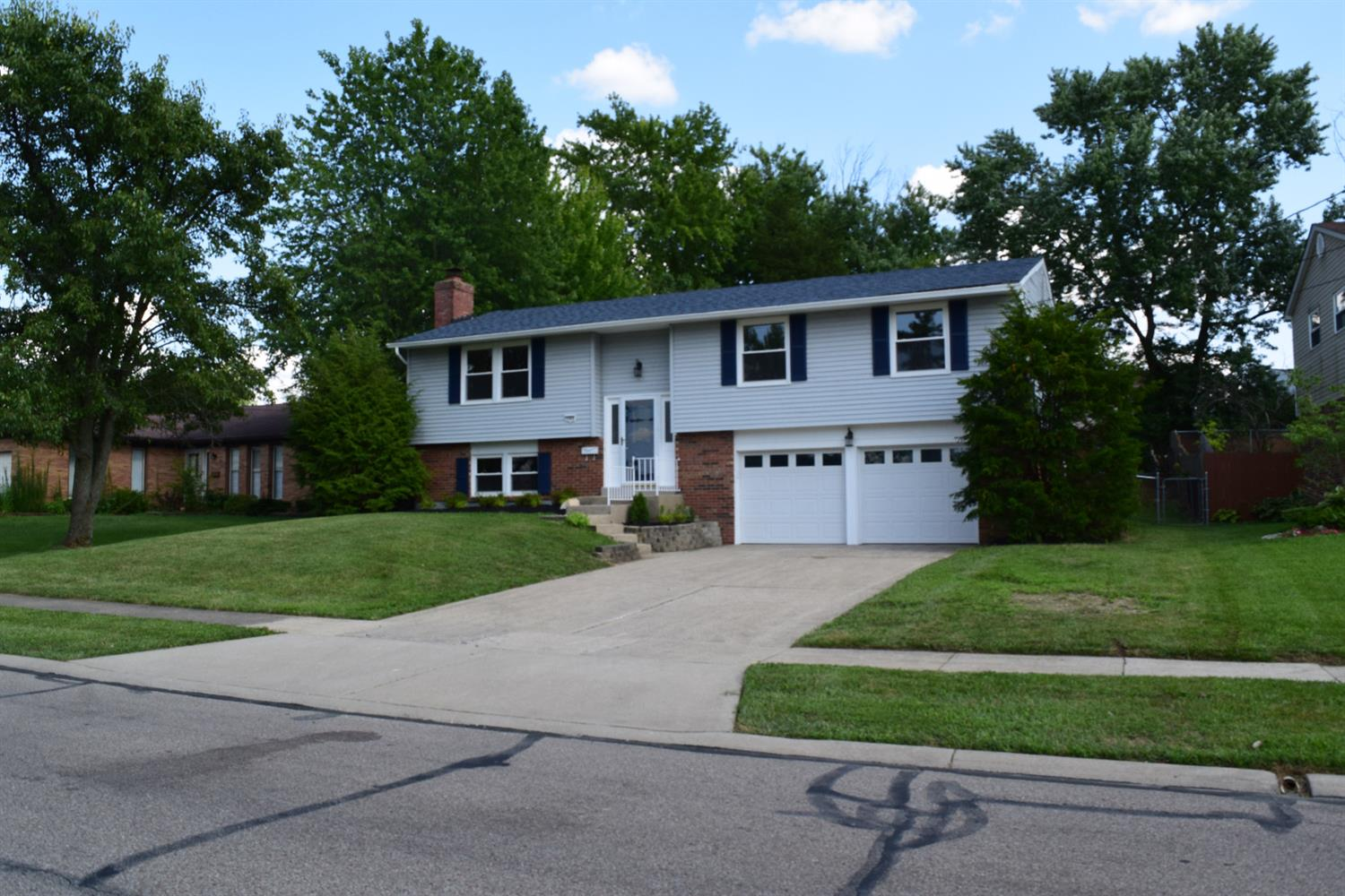 Property for sale at 11974 Elkwood Drive, Springfield Twp.,  Ohio 45240
