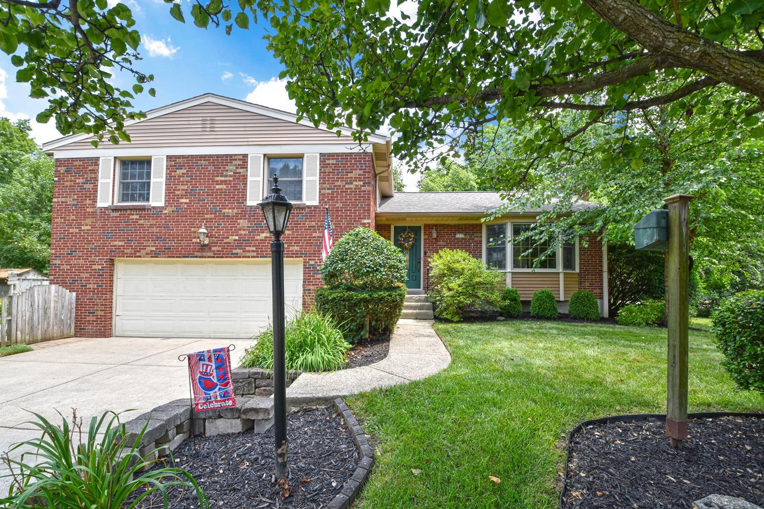 Property for sale at 9402 Sheralee Lane, Springfield Twp.,  Ohio 45231