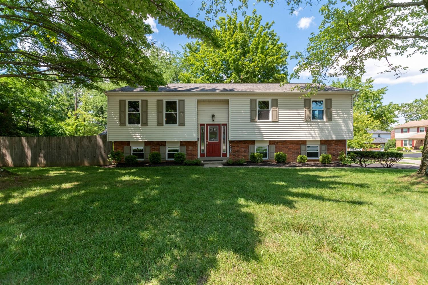 Property for sale at 4170 Wenbrook Drive, Sharonville,  Ohio 45241