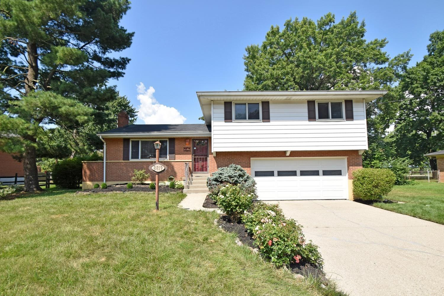 Property for sale at 8819 Cavalier Drive, Springfield Twp.,  Ohio 45231