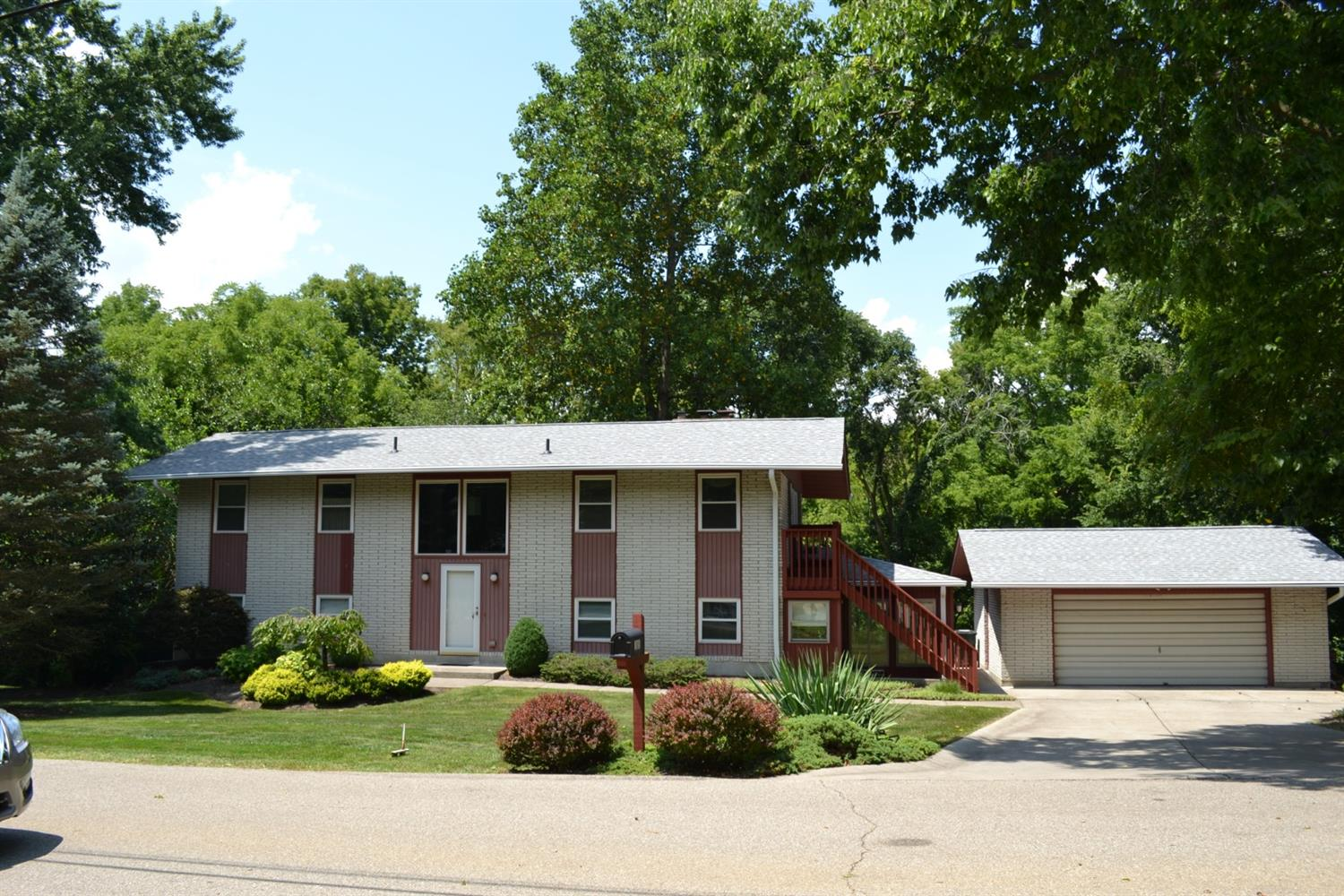 Property for sale at 1885 Highcliff Court, Fairfield,  Ohio 45014