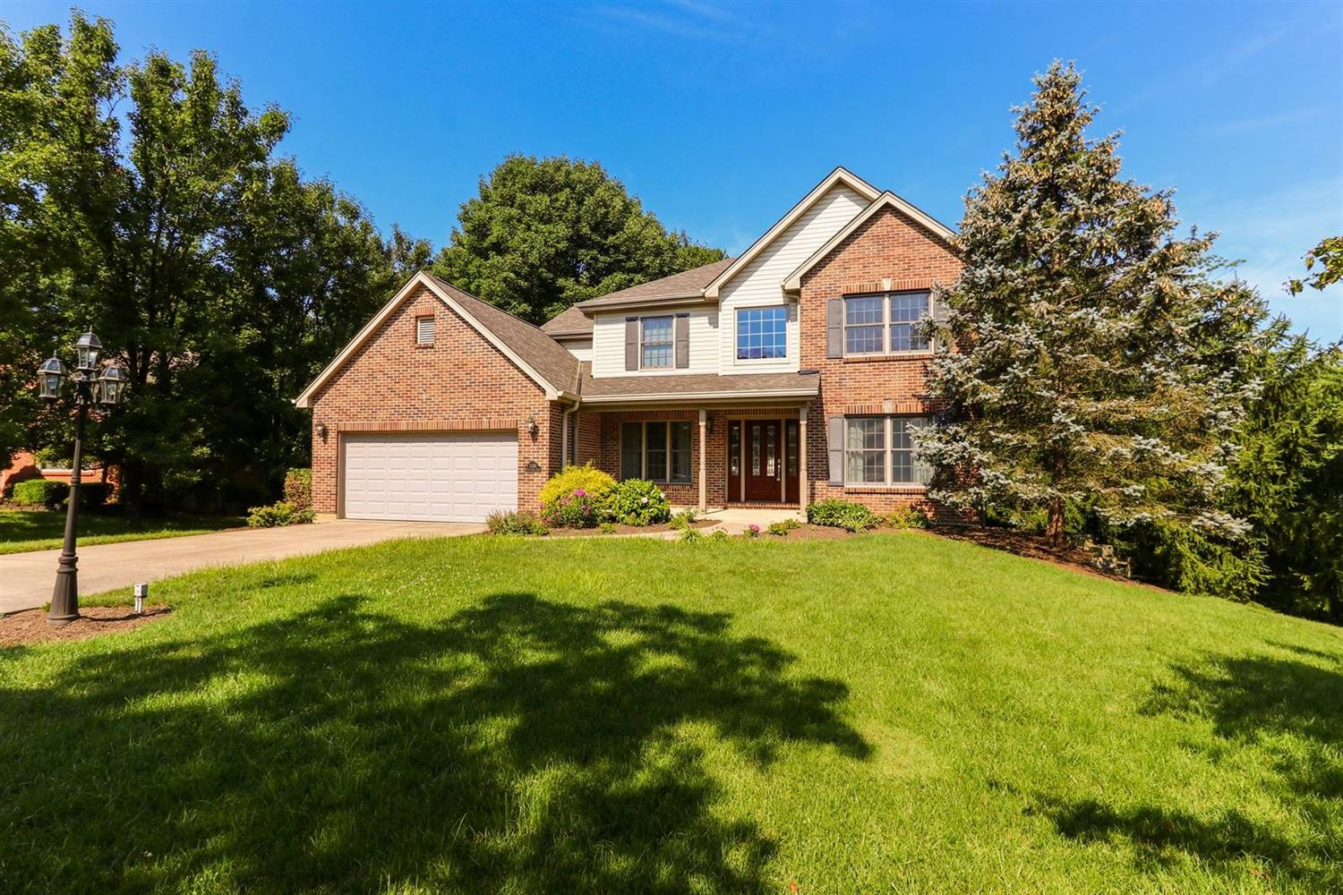 Property for sale at 558 Meadowtrail Court, Springfield Twp.,  Ohio 45231