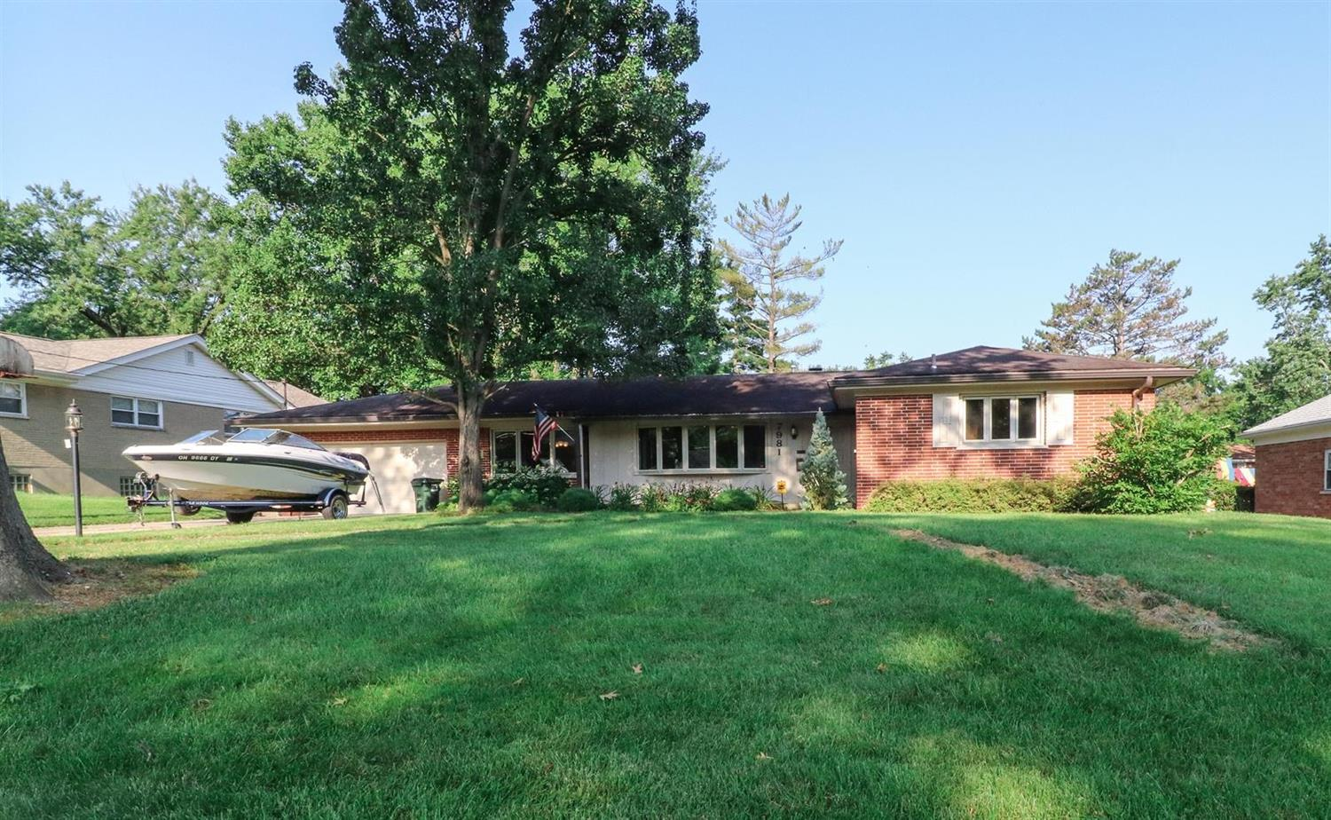 Property for sale at 7981 Nieman Drive, Springfield Twp.,  Ohio 45224