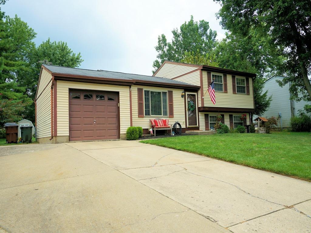 Property for sale at 1382 Firethorne Drive, Mason,  Ohio 45040