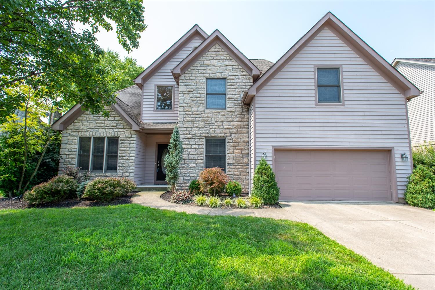 Property for sale at 8635 Rupp Farm Drive, West Chester,  Ohio 45069