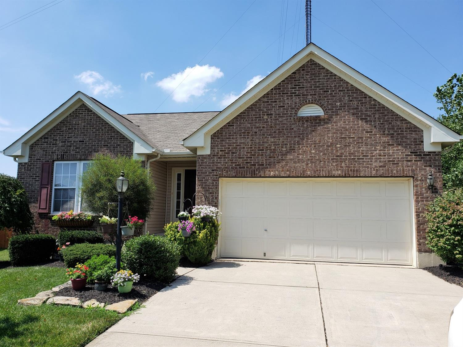 Property for sale at 7074 Summerhill Drive, West Chester,  Ohio 45069