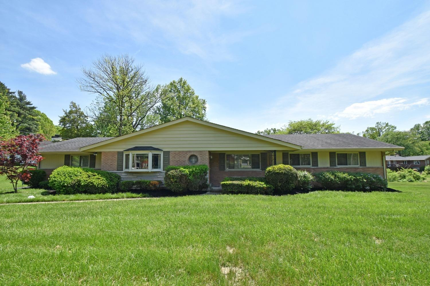Property for sale at 1011 W Galbraith Road, Springfield Twp.,  Ohio 45231