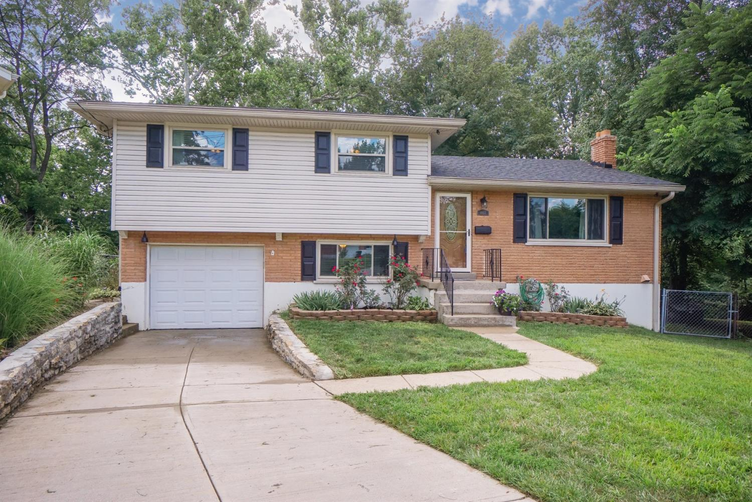 Property for sale at 8957 Cotillion Drive, Springfield Twp.,  Ohio 45231