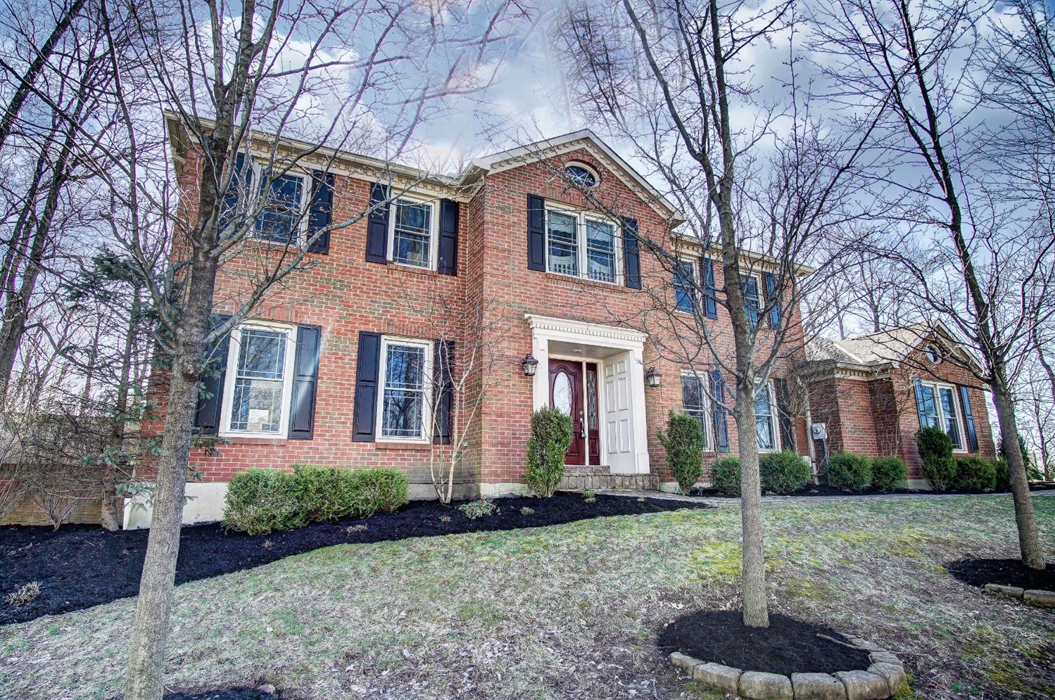 9876 Hampstead Court, West Chester, Ohio