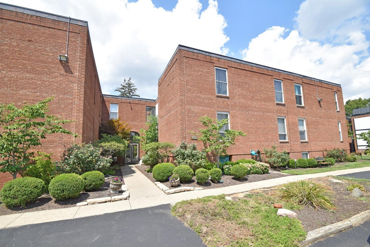 Property for sale at 3817 Petoskey Avenue Unit: 13, Mariemont,  Ohio 45227