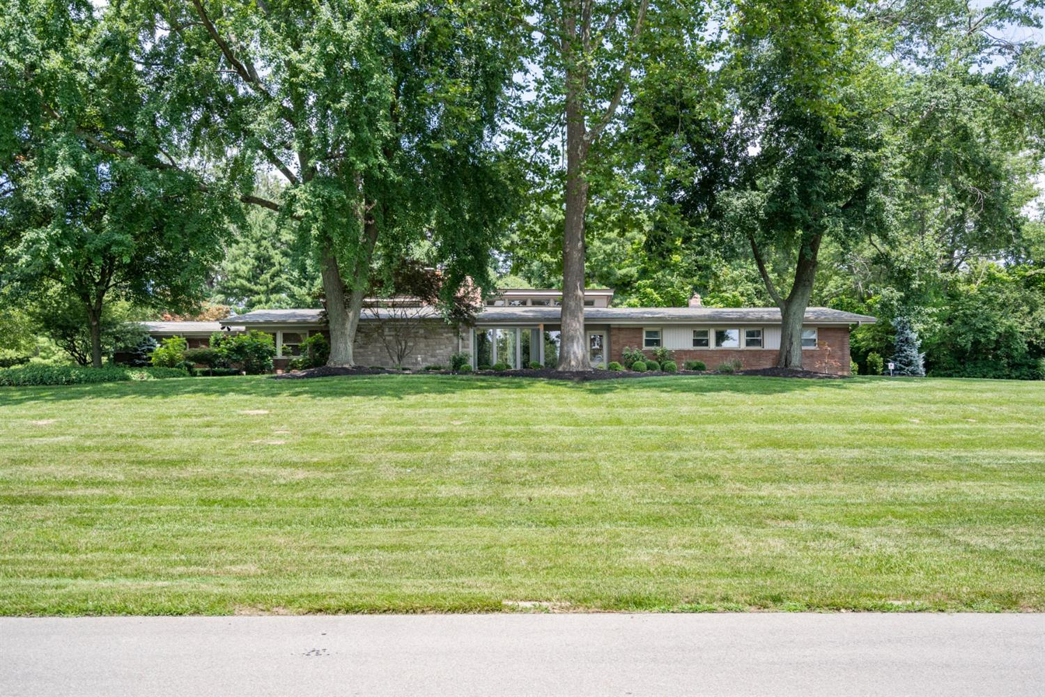 Property for sale at 7064 W Aracoma, Amberley,  Ohio 45237