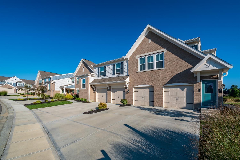 Property for sale at 45 Old Pond Road Unit: 16201, Springboro,  Ohio 45066