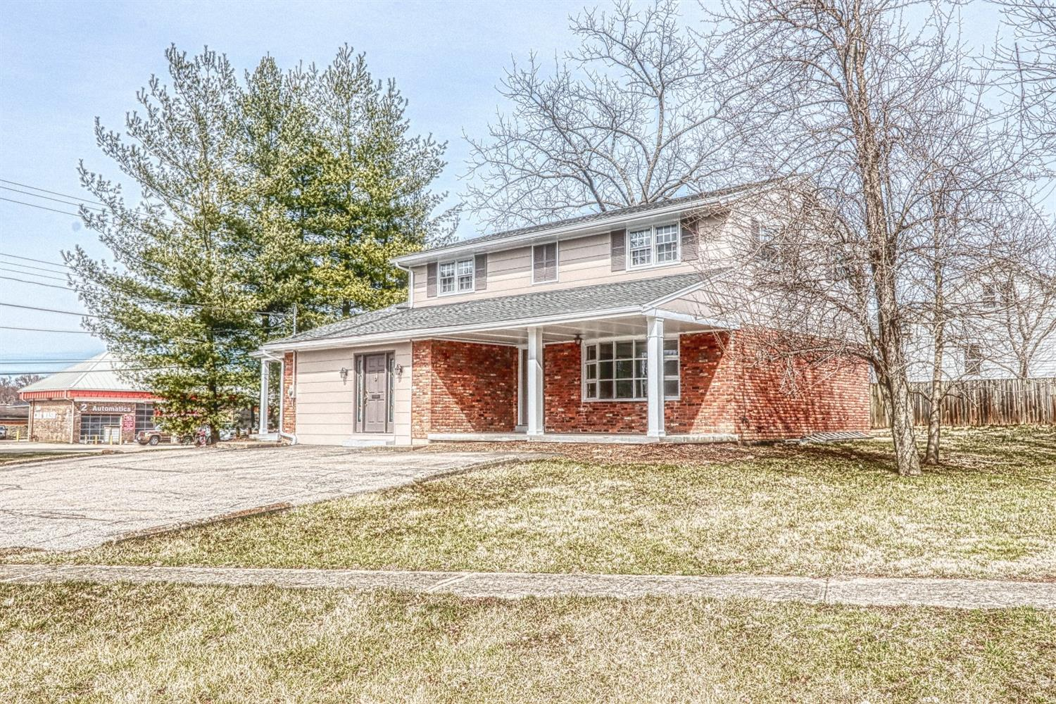 Property for sale at 1 Crestview Drive, Milford,  Ohio 45150