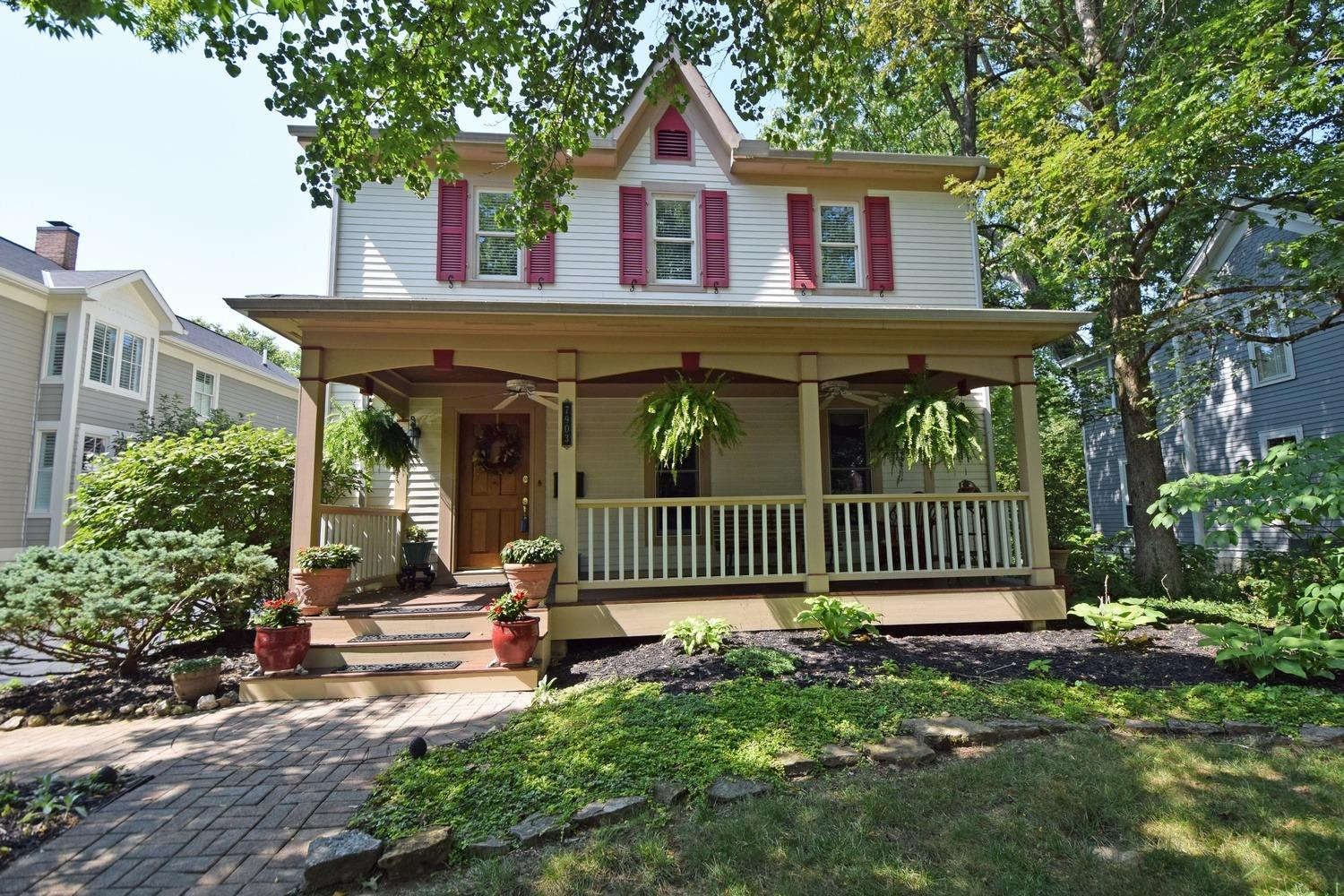Property for sale at 7903 Cooper Road, Montgomery,  Ohio 45242