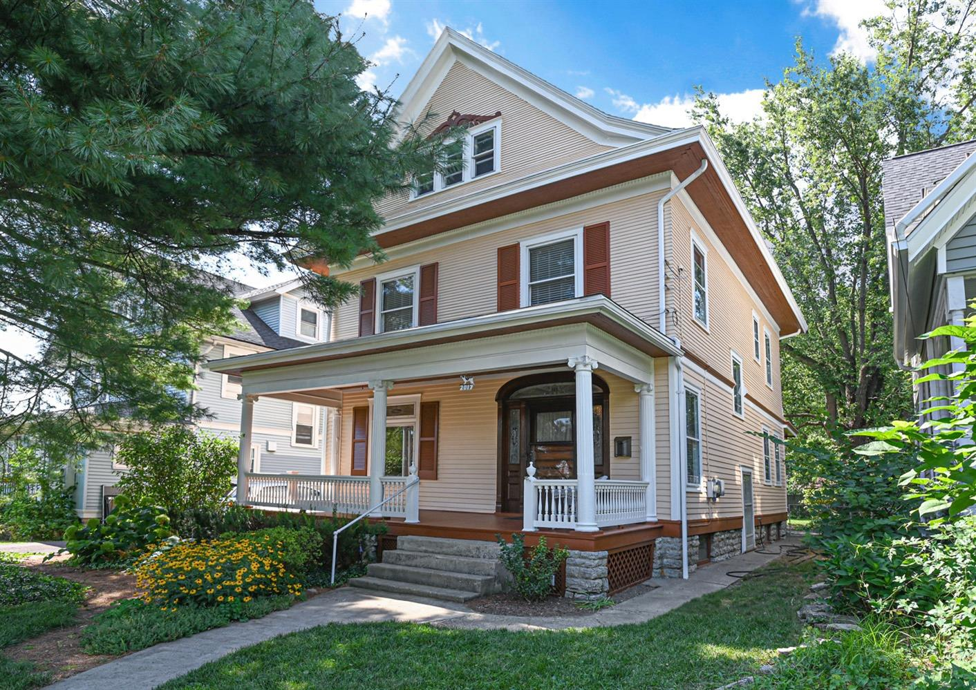 Property for sale at 2017 Hudson Avenue, Norwood,  Ohio 45212