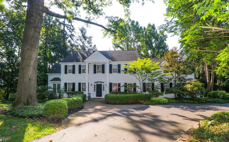 Property for sale at 3 Broadview Place, Cincinnati,  Ohio 45208