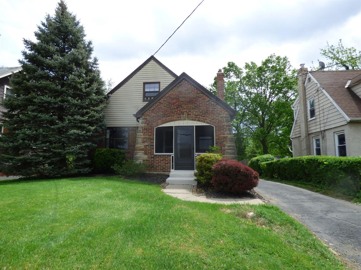 Property for sale at 6868 Stewart Road, Columbia Twp,  Ohio 45236