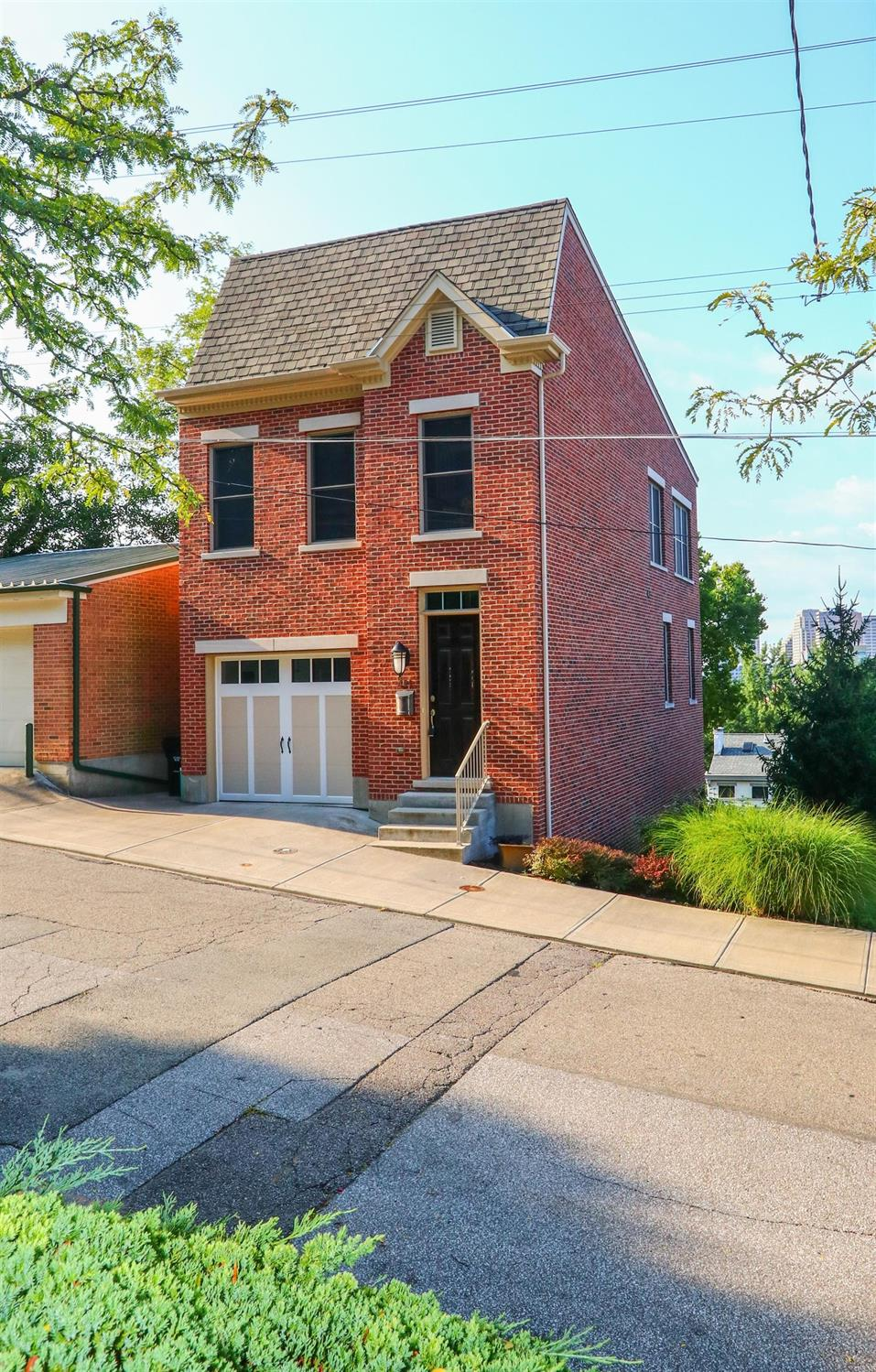 Property for sale at 421 Boal Street, Cincinnati,  Ohio 45202