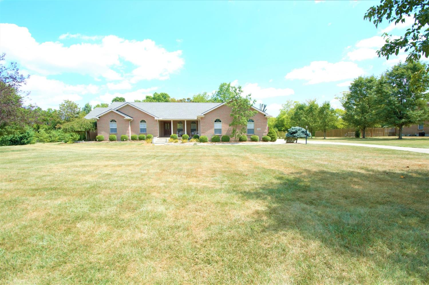 Property for sale at 2246 Twin Oaks Drive, Turtle Creek Twp,  Ohio 45036