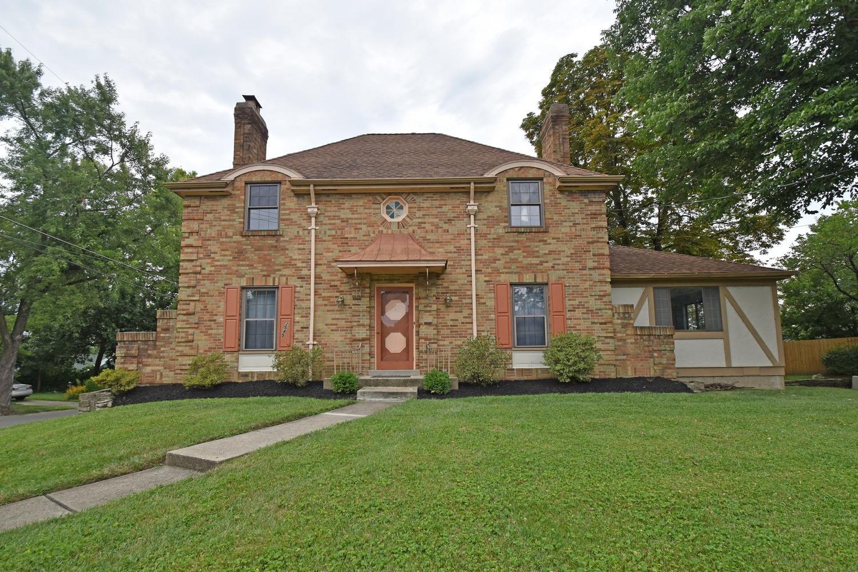 Property for sale at 2545 Ridgecliff Avenue, Cincinnati,  Ohio 45212