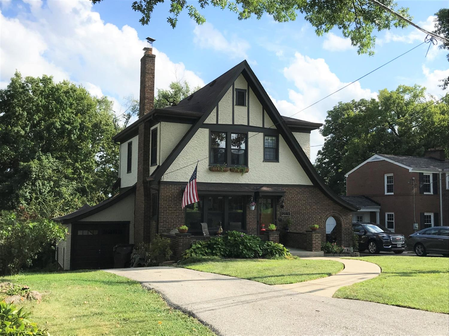 Property for sale at 2519 Moundview Drive, Norwood,  Ohio 45212