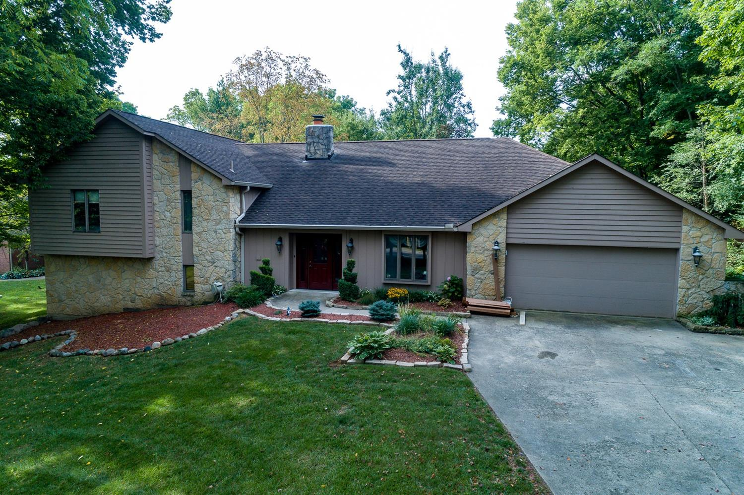 Property for sale at 2481 Pennyroyal Road, Springboro,  Ohio 45066