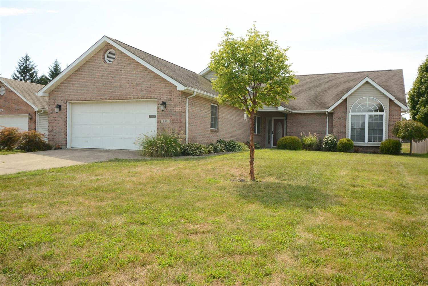 Property for sale at 108 Jodee Drive, Middletown,  Ohio 45042