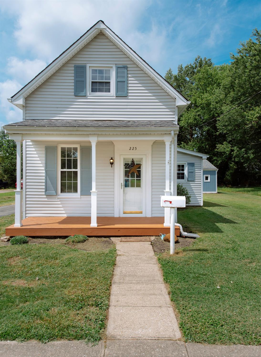 Property for sale at 225 N East Street, Bethel,  Ohio 45106