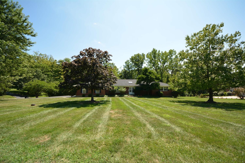 Property for sale at 2595 Twigwood Lane, Amberley,  Ohio 45237