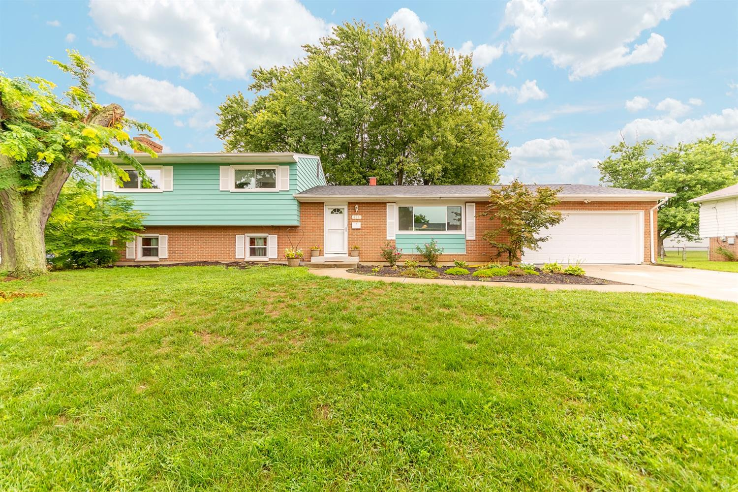 Property for sale at 438 N Sands Avenue, Monroe,  Ohio 45050
