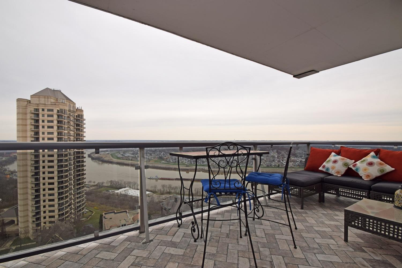 Property for sale at 2200 Victory Parkway Unit: 2406, Cincinnati,  Ohio 45206