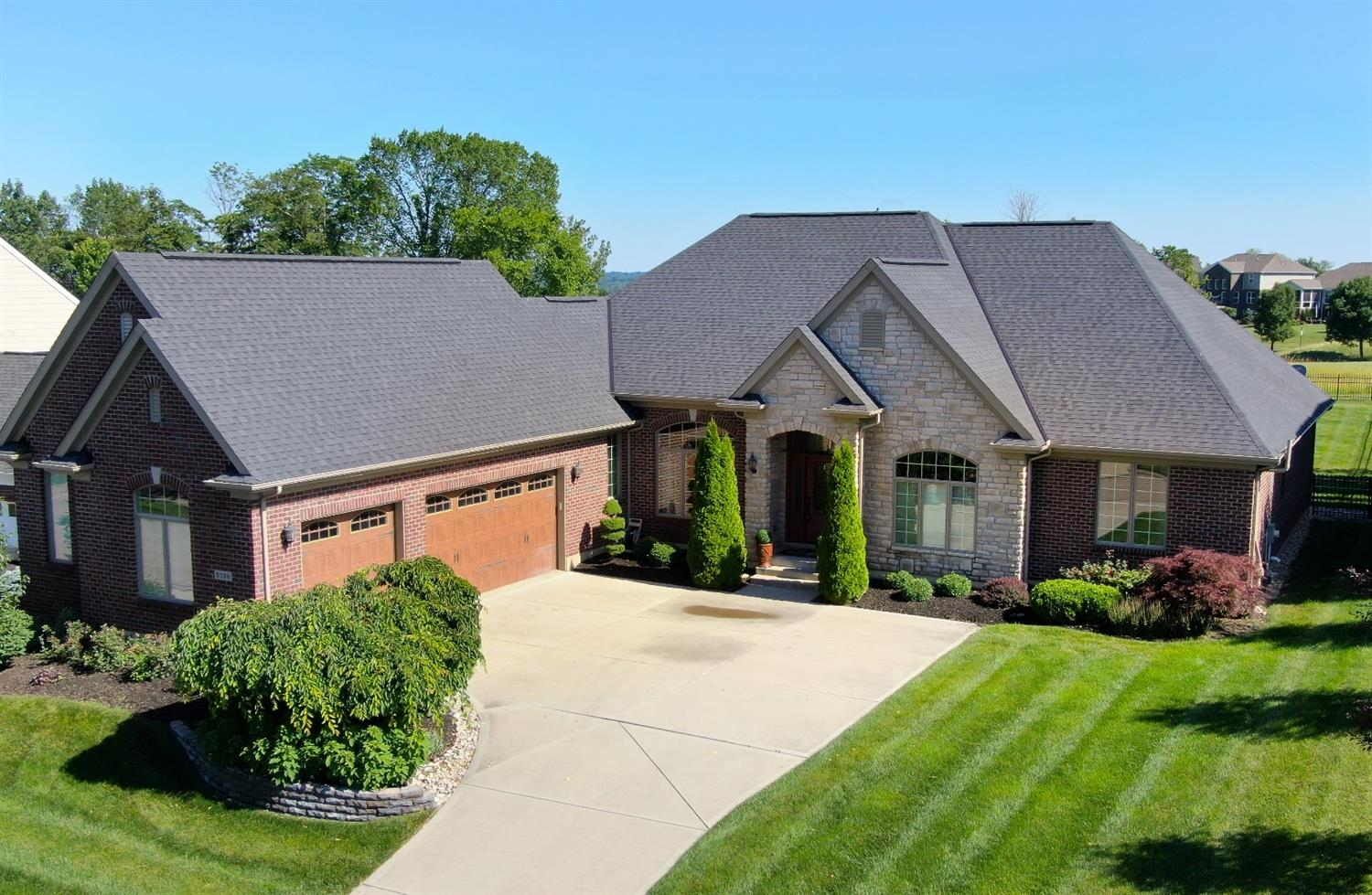 Property for sale at 5136 Emerald View Drive, Hamilton Twp,  Ohio 45039
