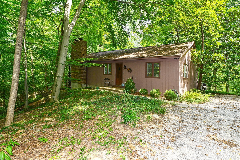 Property for sale at 122 Lafayette Lane, Cincinnati,  Ohio 45220