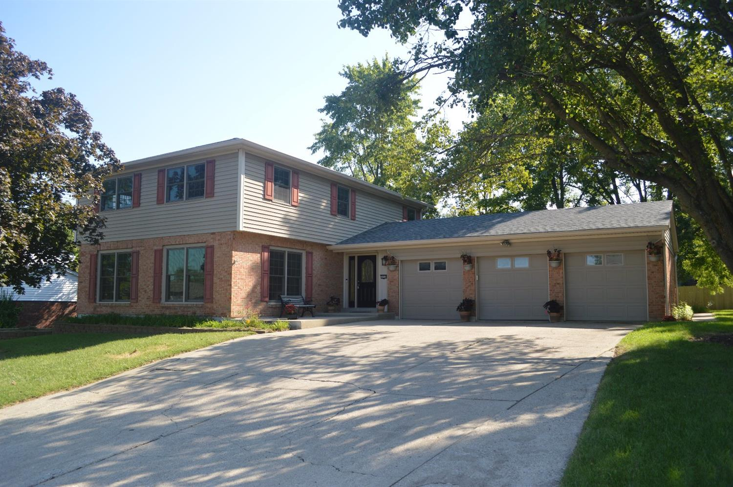 Property for sale at 5858 Reswin Drive, Fairfield,  Ohio 45014