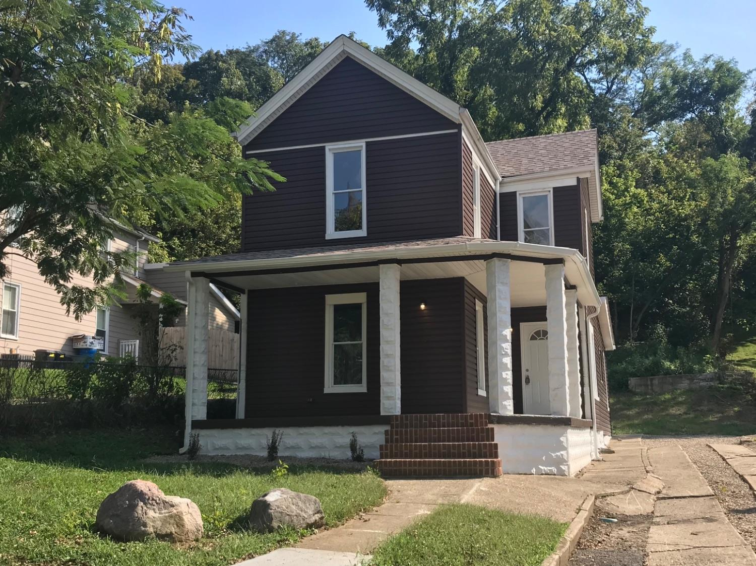 Property for sale at 121 Cleves Avenue, Cleves,  Ohio 45002