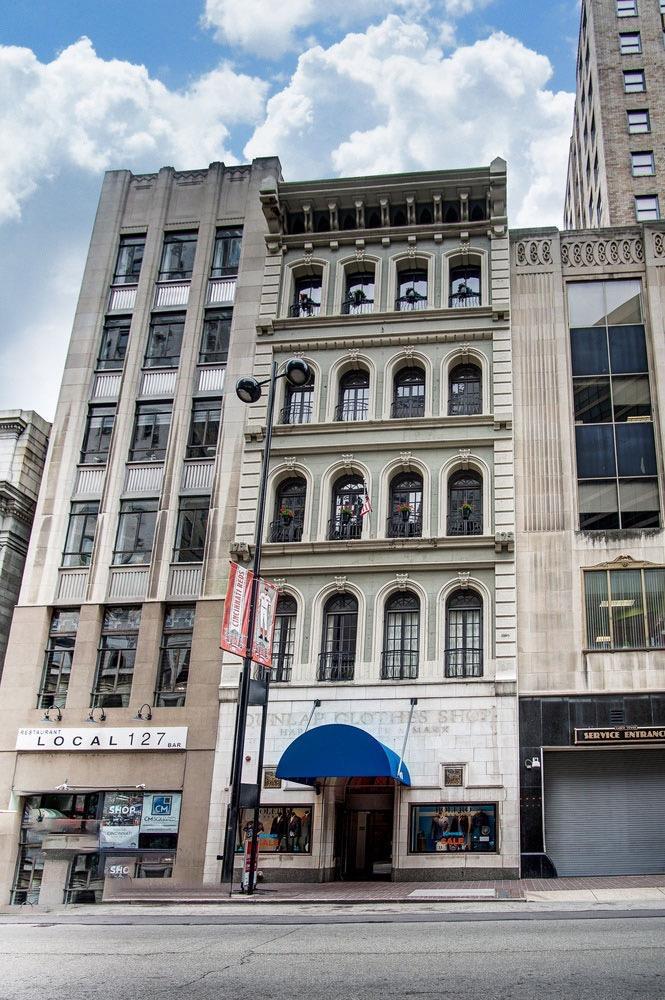 Property for sale at 417 Vine Street Unit: 202, Cincinnati,  Ohio 45202