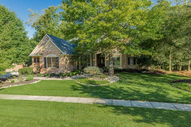 Property for sale at 1022 River Forest Drive, Hamilton Twp,  Ohio 45039
