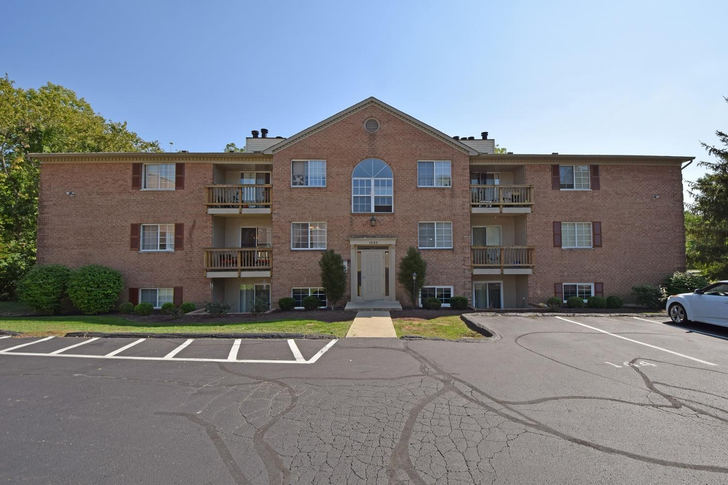 Property for sale at 1535 Gelhot Drive Unit: 145, Fairfield,  Ohio 45014