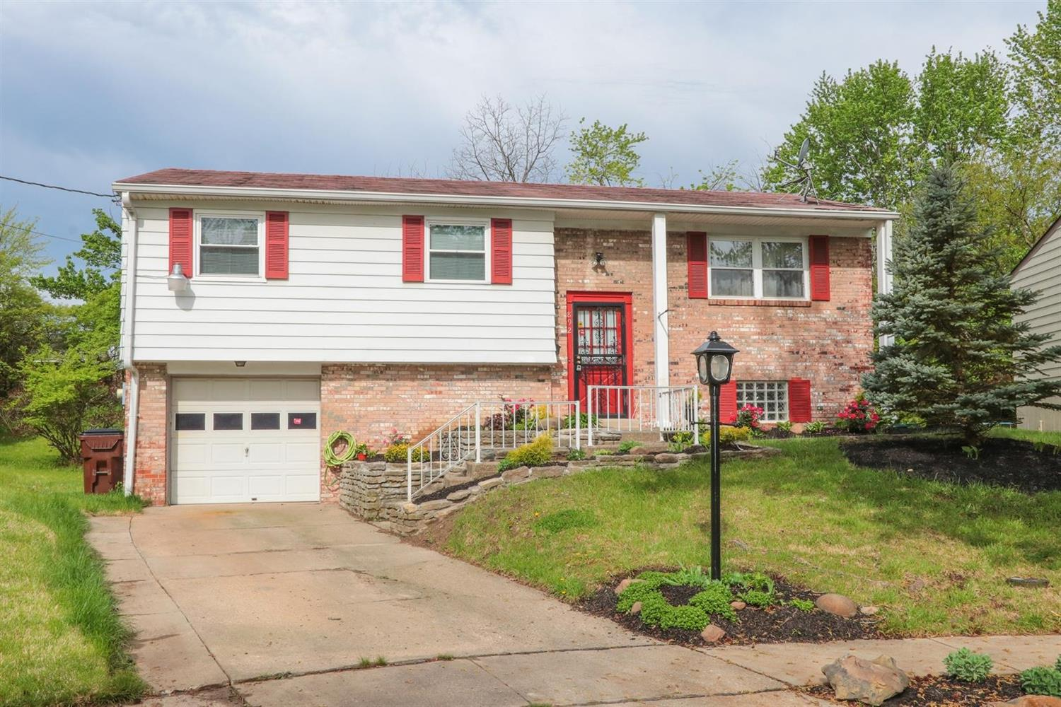 Property for sale at 892 Hanson Drive, Forest Park,  Ohio 45240