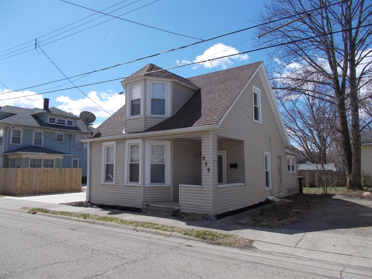 Property for sale at 209 N Sycamore Street, Harrison,  Ohio 45030