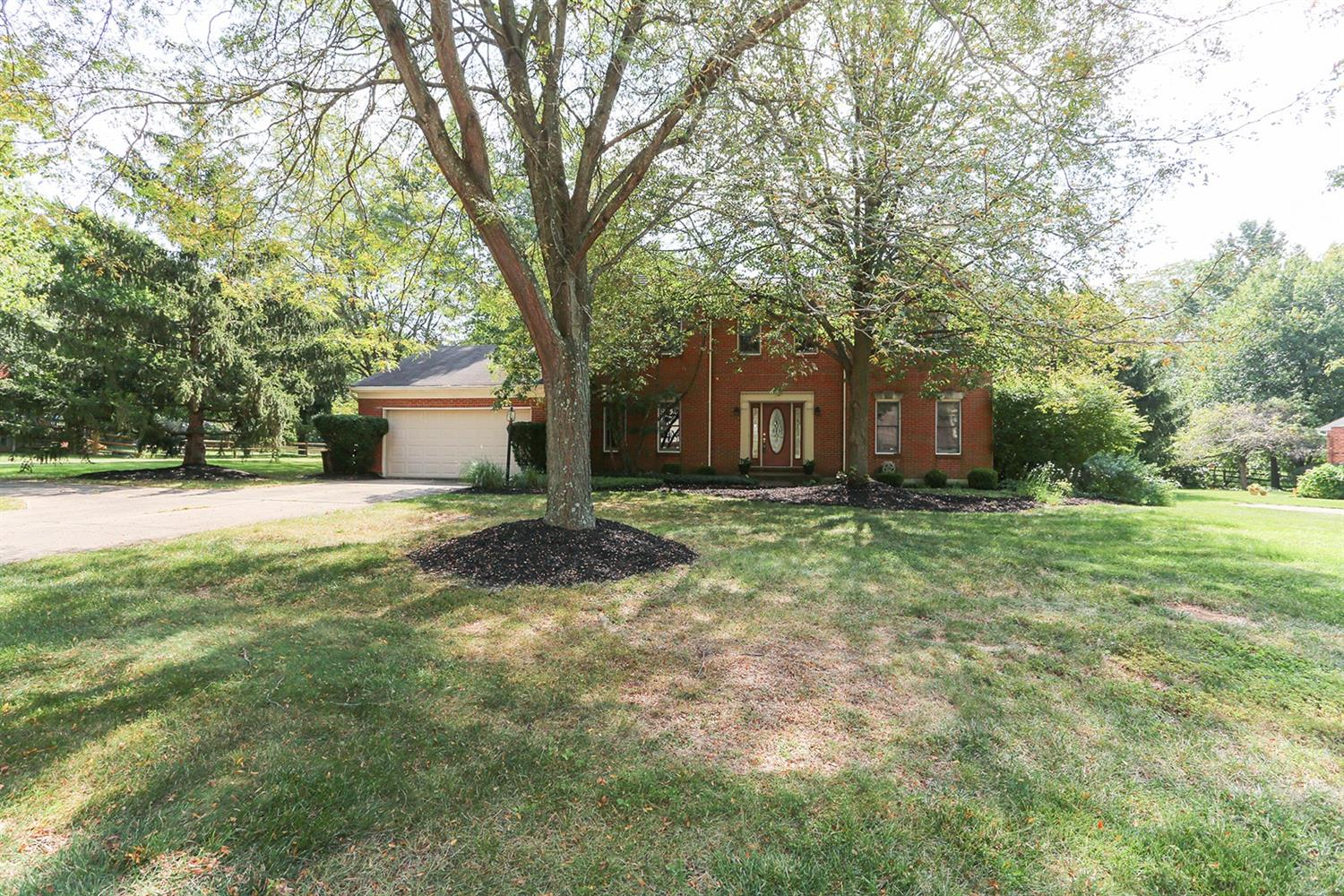 Property for sale at 11686 Symmes Valley Drive, Symmes Twp,  Ohio 45140