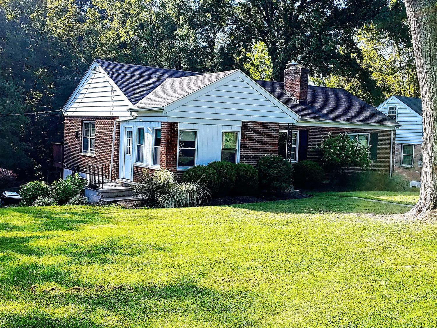 Property for sale at 2 Hogan Drive, Milford,  Ohio 45150