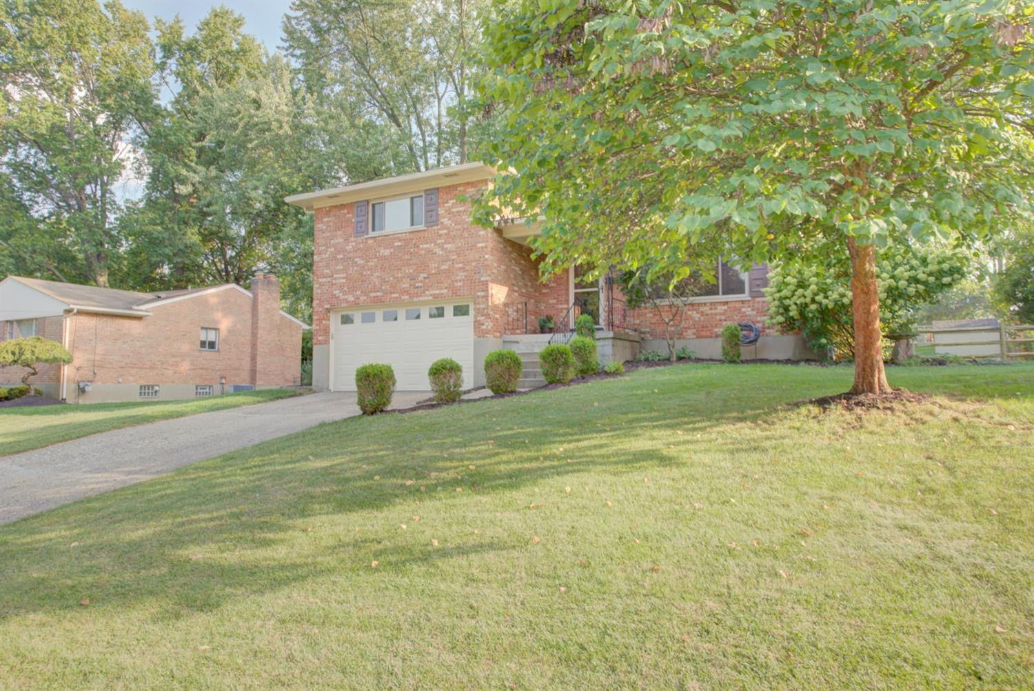 Property for sale at 3955 Tramore Drive, Sycamore Twp,  Ohio 45236