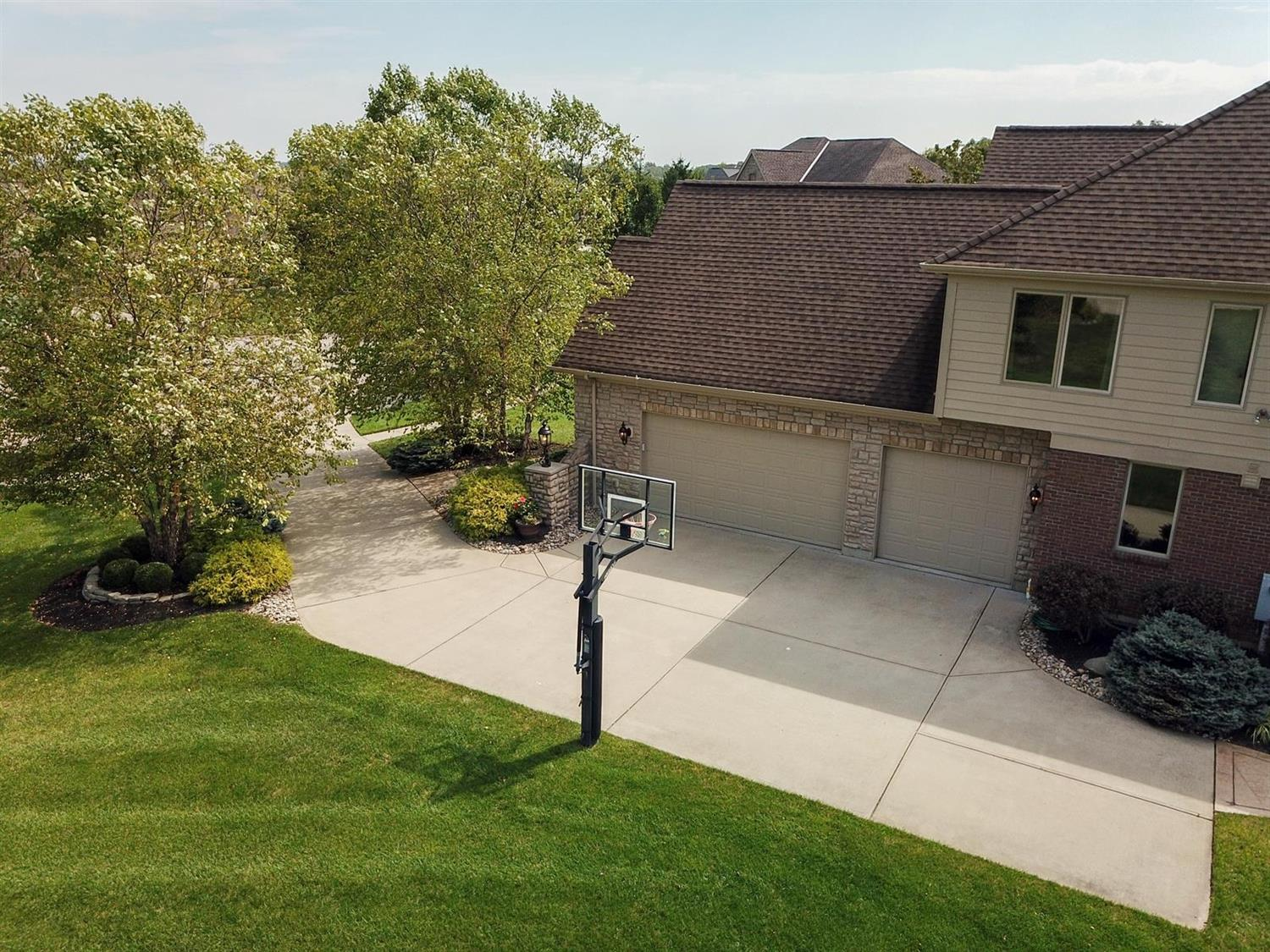 Property for sale at 3901 Breeders Cup Court, Deerfield Twp.,  Ohio 45040
