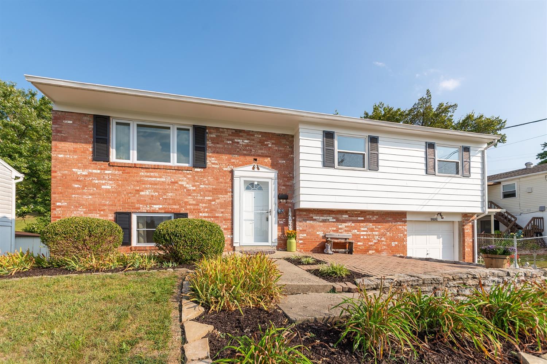 Property for sale at 12029 Marwood Lane, Springdale,  Ohio 45246