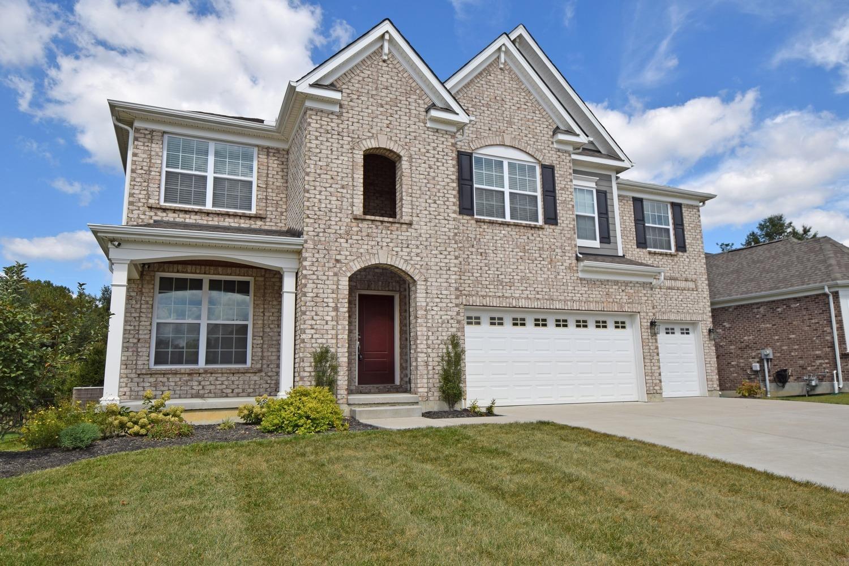 Property for sale at 1212 Autumn Run Drive, Hamilton Twp,  Ohio 45039